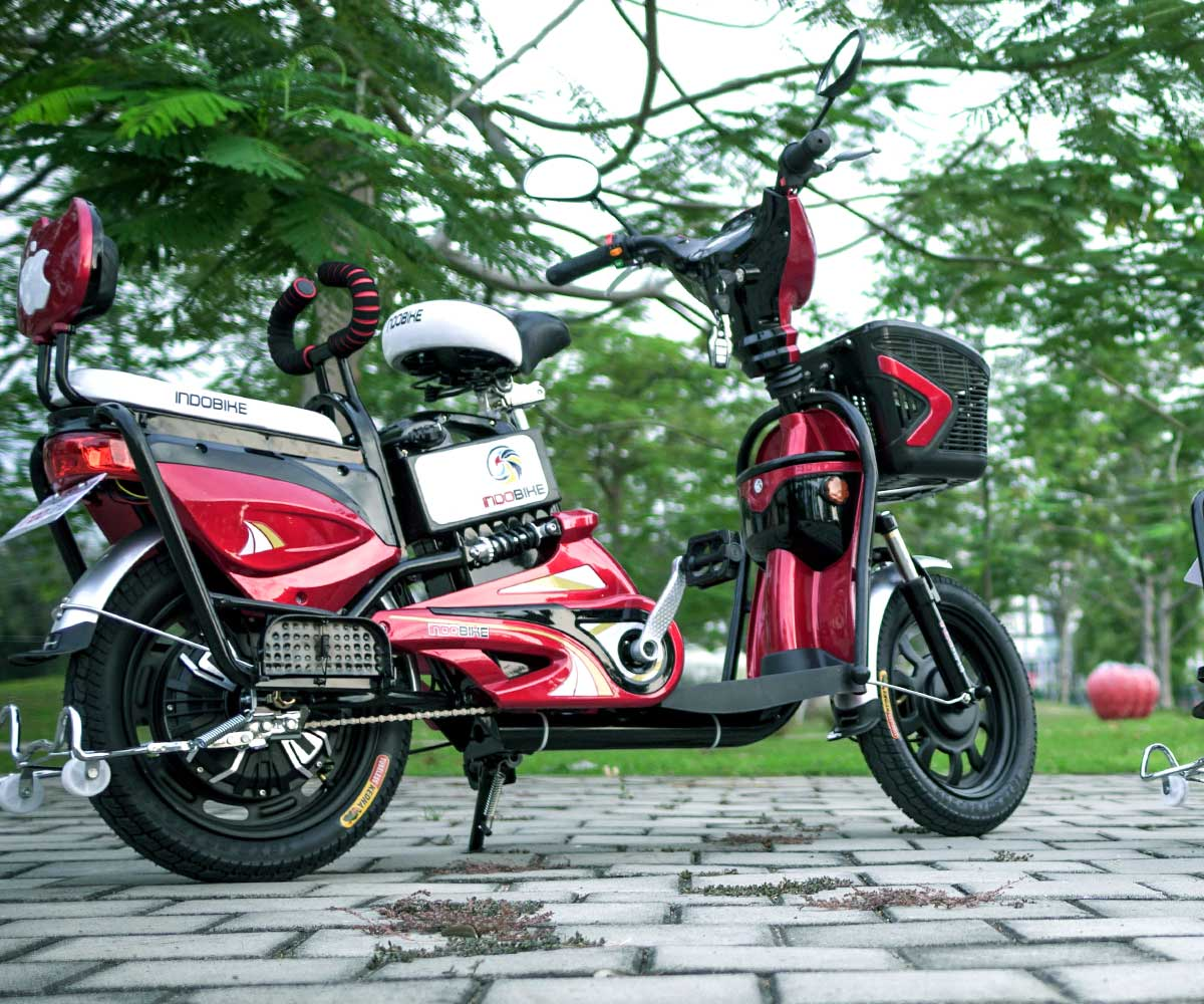 Sepeda Listrik Akasia Merah